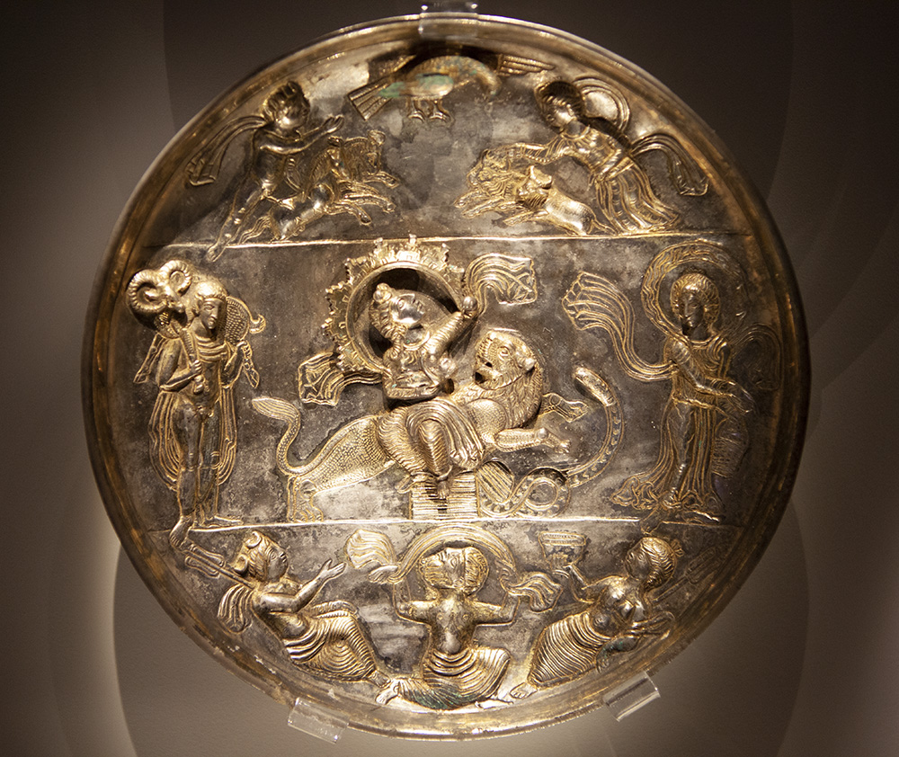 Plate with Goddess